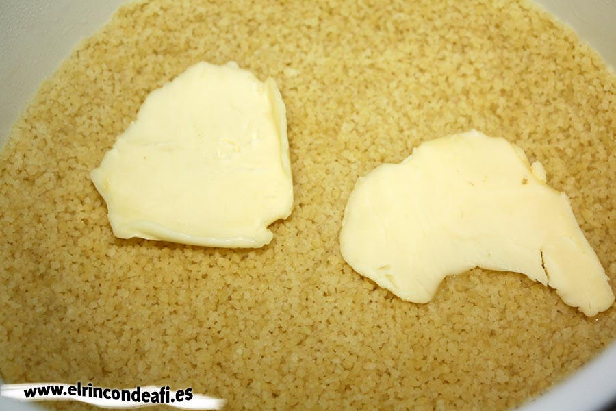 Cuscús, añadir mantequilla o margarina