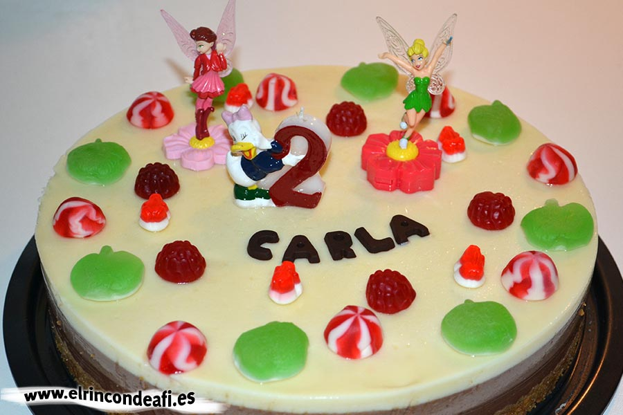 Tarta de tres chocolates, ejemplo de decoración cumpleaños niña