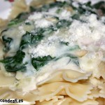 Pasta con espinacas y bechamel