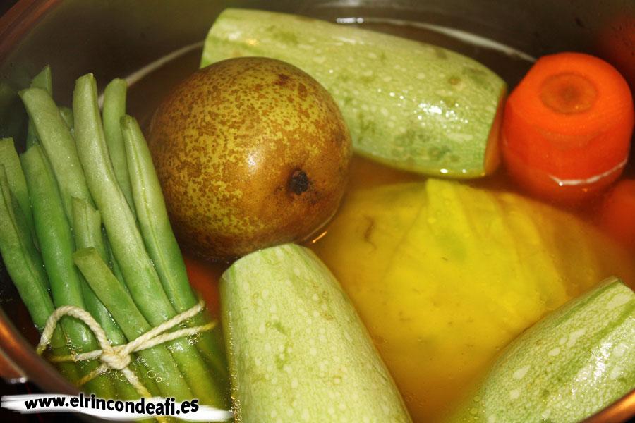 Puchero canario, cocer las verduras