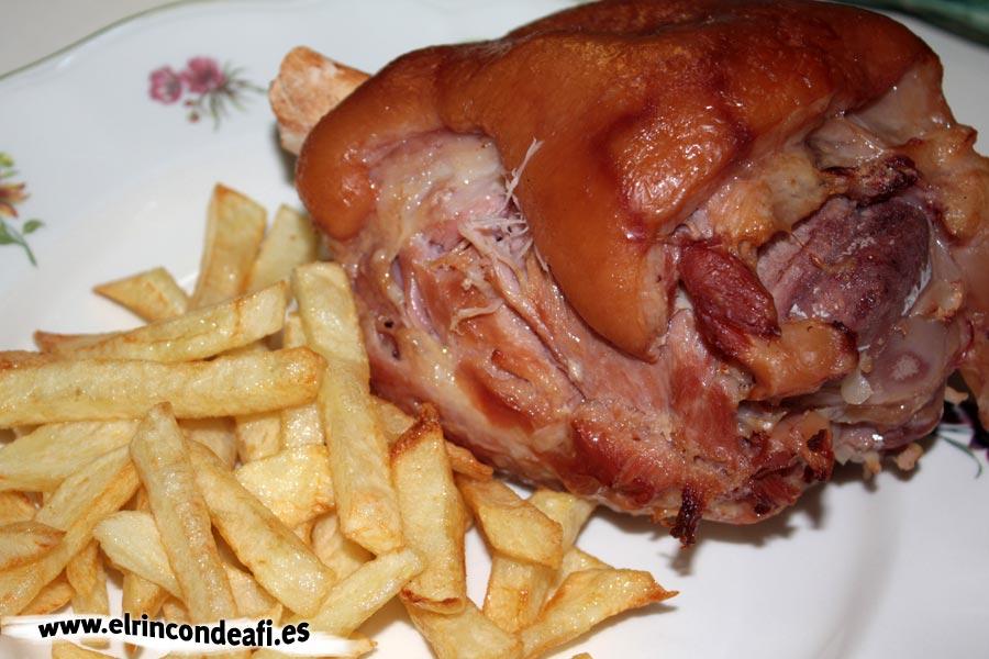 Codillos de cerdo al horno