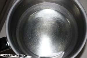 Cacharro limpio tras caramelizar azúcar