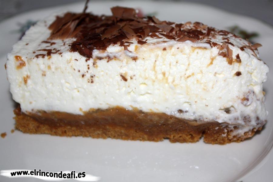 Tarta banoffee, porción lista para comer