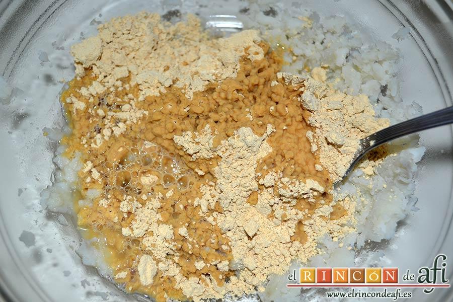 Sancocho, pella de gofio, añadir poco a poco agua de sancochar las papas al gofio con la batata