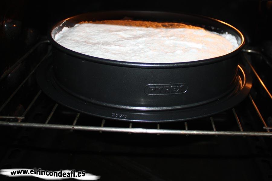 Tarta de tres colores, hornear a grill un momento