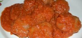 Minihamburguesas con salsa de tomate
