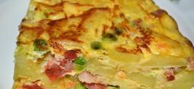 Tortilla de verduras con chorizo y bacon
