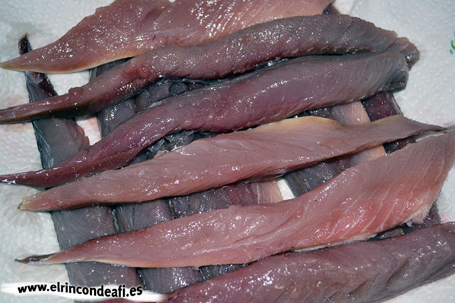 Filetes de caballa rebozados, preparar los filetes de caballa