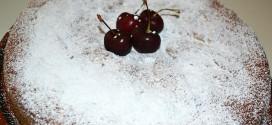 Bizcocho con cerezas