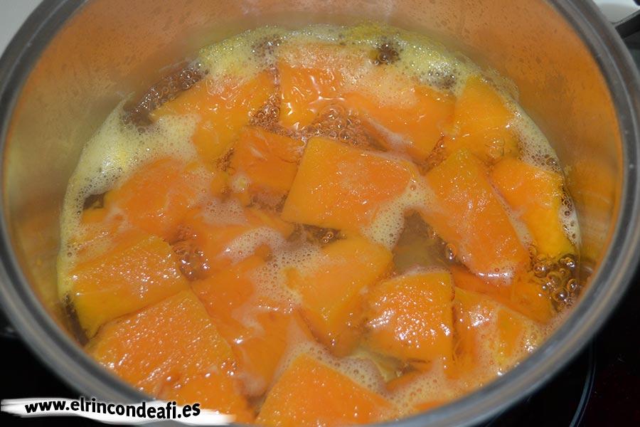 Buñuelos de calabaza, cocer hasta que esté tierna