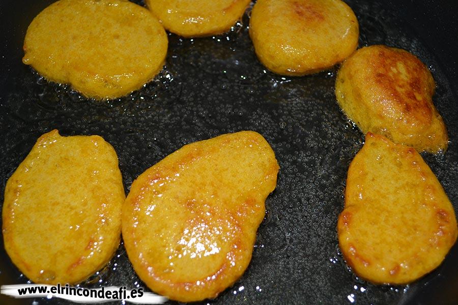 Buñuelos de calabaza, freír en aceite de girasol