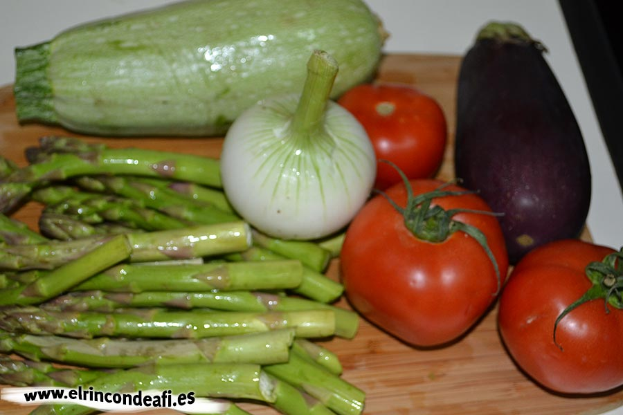 Hojaldre relleno de verduras, verduras para el relleno
