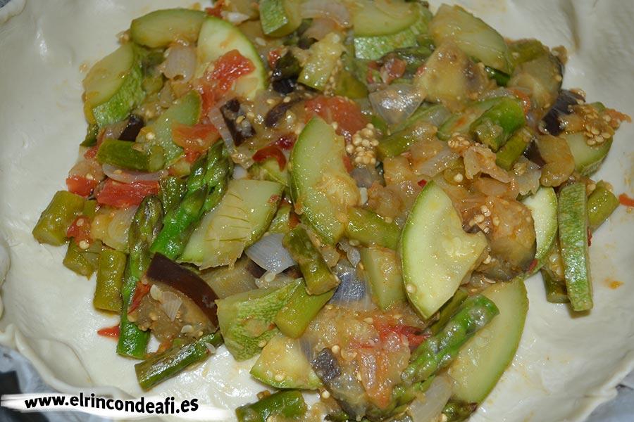 Hojaldre relleno de verduras, rellenar con las verduras