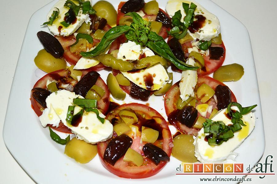 Ensalada de tomates, sugerencia de presentación
