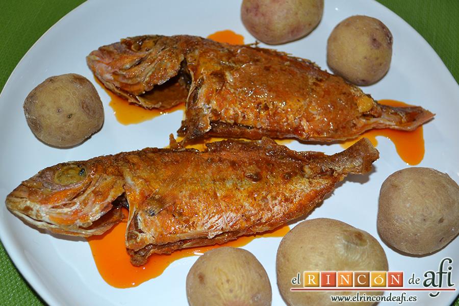 Pescado frito con mojo hervido