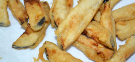 Berenjenas en tempura con miel de caña