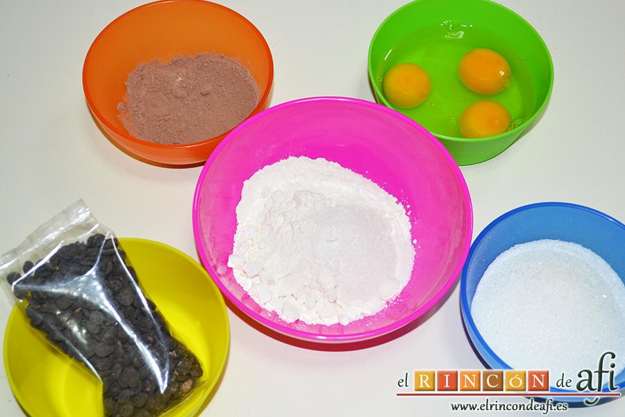 Brownie de chocolate con crema de queso, preparamos el resto de los ingredientes
