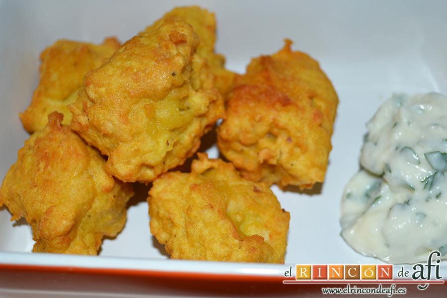 Buñuelos de pez espada con cúrcuma, sugerencia de presentación