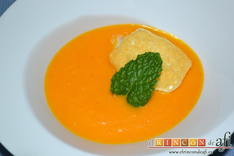 Crema de calabaza y zanahorias con queso de cabra