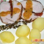 Lomo de cerdo al horno con queso manchego y membrillo