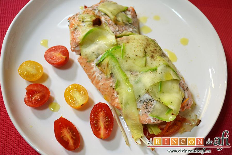 Salmón en papillote con verduras, sugerencia de presentación