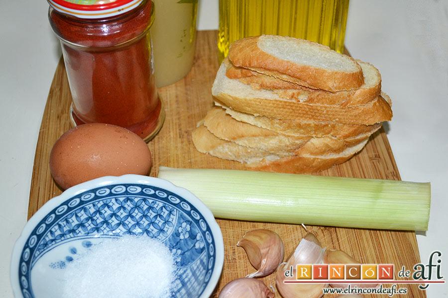 Crema de sopa de ajo, preparar los ingredientes