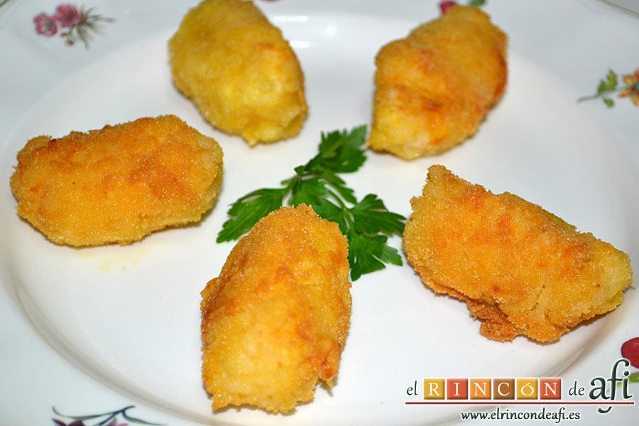 Croquetas de arroz y queso, listas para comer