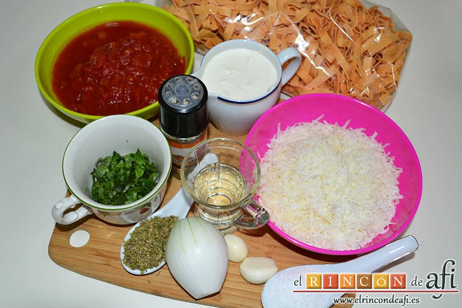 Pasta al vodka, preparar los ingredientes