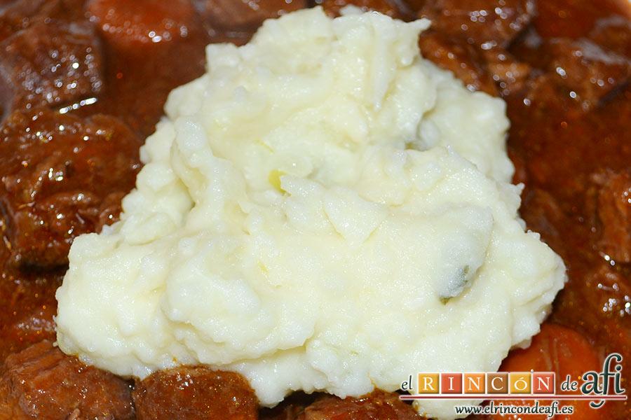 Estofado irlandés, sugerencia de presentación en plato