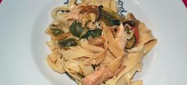 Cintas al wok con pollo y verduras