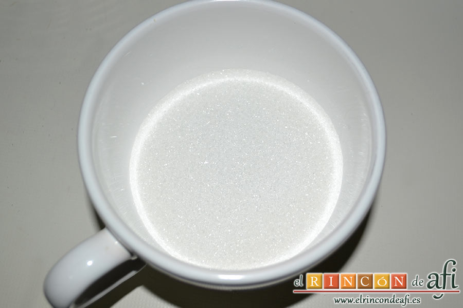 Crema de limón, preparamos los 160 gramos de azúcar