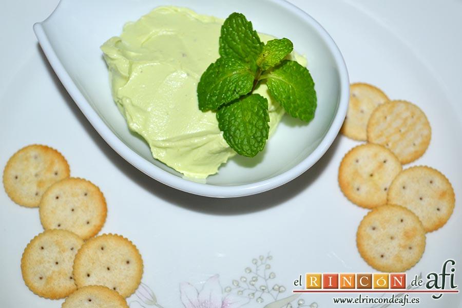 Queso crema de aguacate, sugerencia de presentación