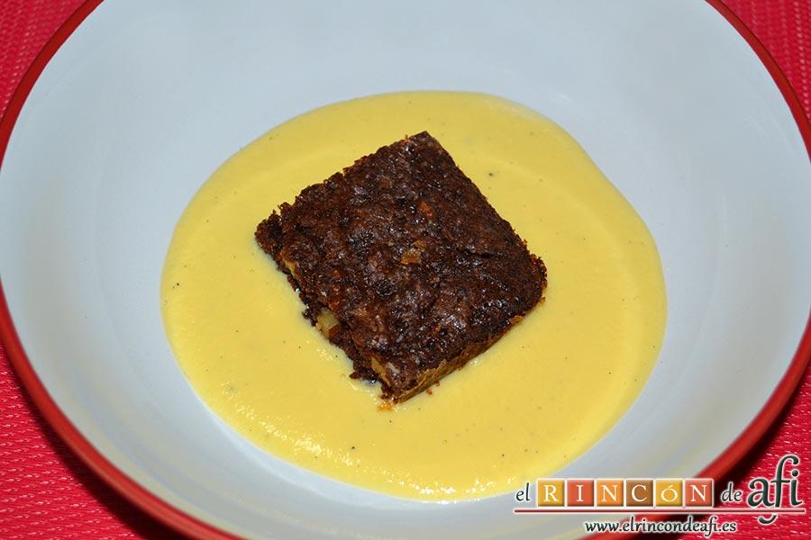 Brownie de nueces pecanas, sugerencia de presentación