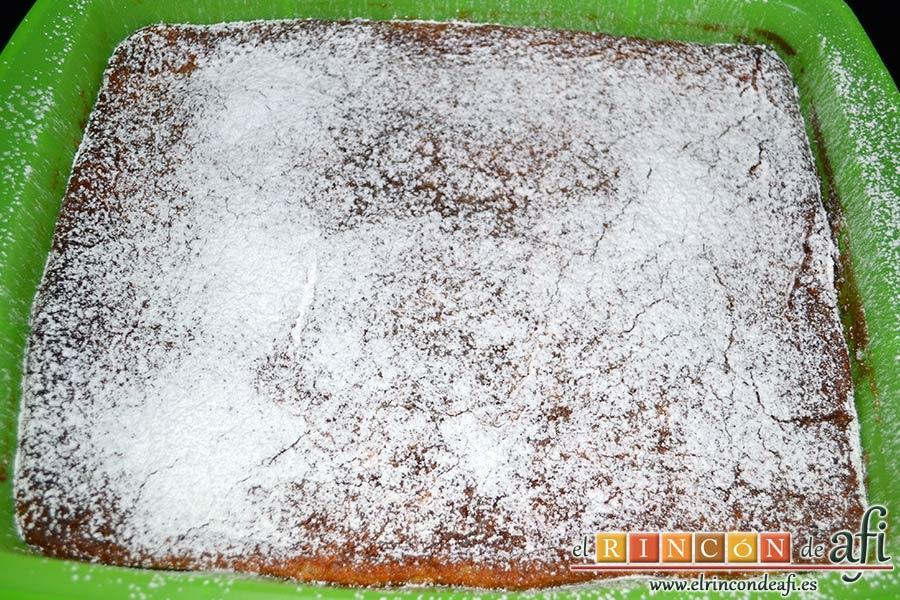 Quesada pasiega, decorar con azúcar glass