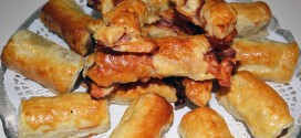 Aperitivos de hojaldre con salchichas o bacon