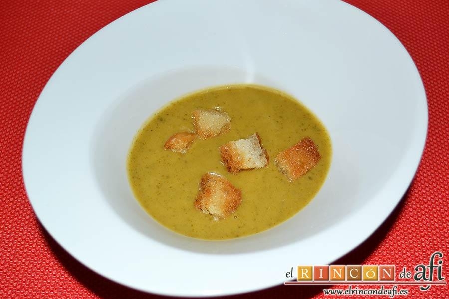 Crema de verduras con curry, sugerencia de presentación