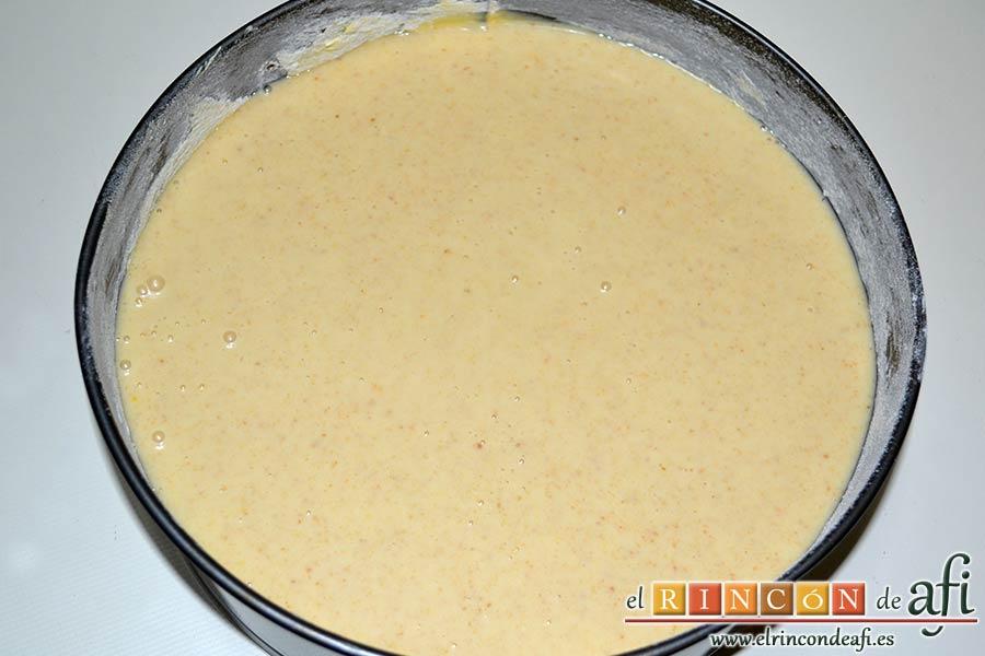 Tarta de brioche y vainilla, volcar la masa en el molde