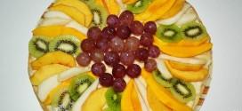 Hojaldre con crema pastelera y fruta fresca
