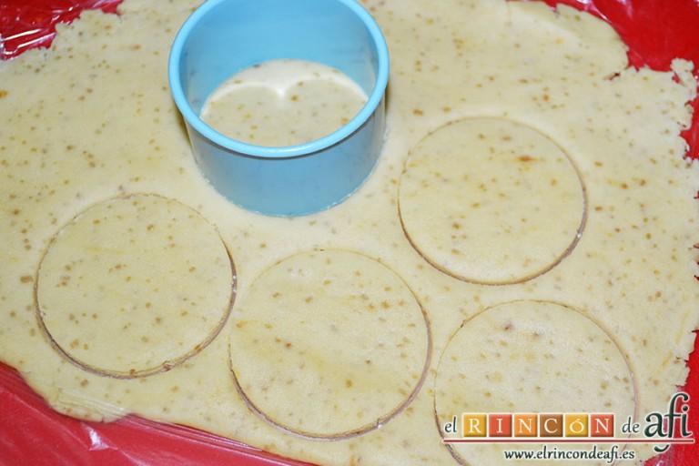 Minitartaletas de mermelada de Lorraine Pascale, cortar círculos con un cortapastas