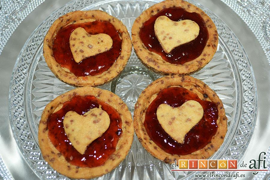 Minitartaletas de mermelada de Lorraine Pascale, decorar las tartaletas