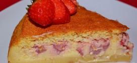 Tarta mágica de vainilla y fresas