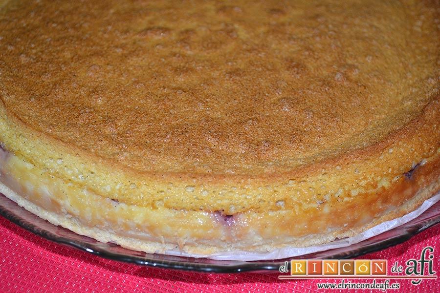 Tarta mágica de vainilla y fresas, dejar enfriar y meter en la nevera 4-5 horas