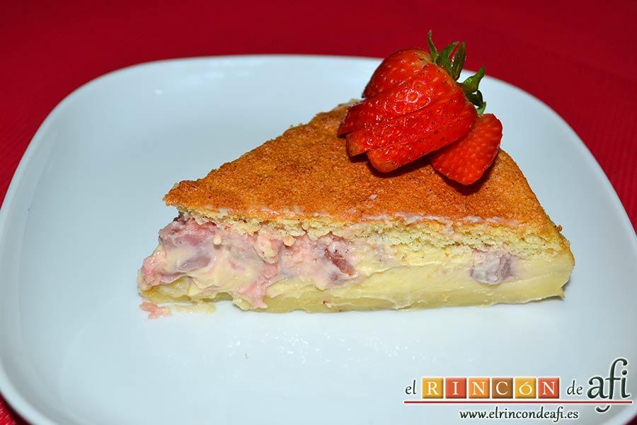 Tarta mágica de vainilla y fresas, sugerencia de presentación