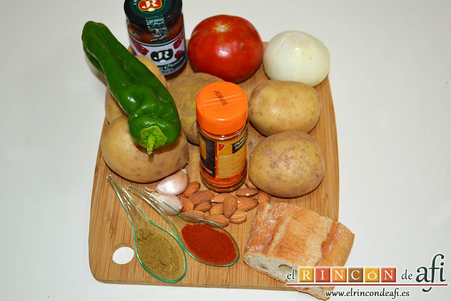 Acelgas esparragás, preparar los ingredientes de la fritura y el majao