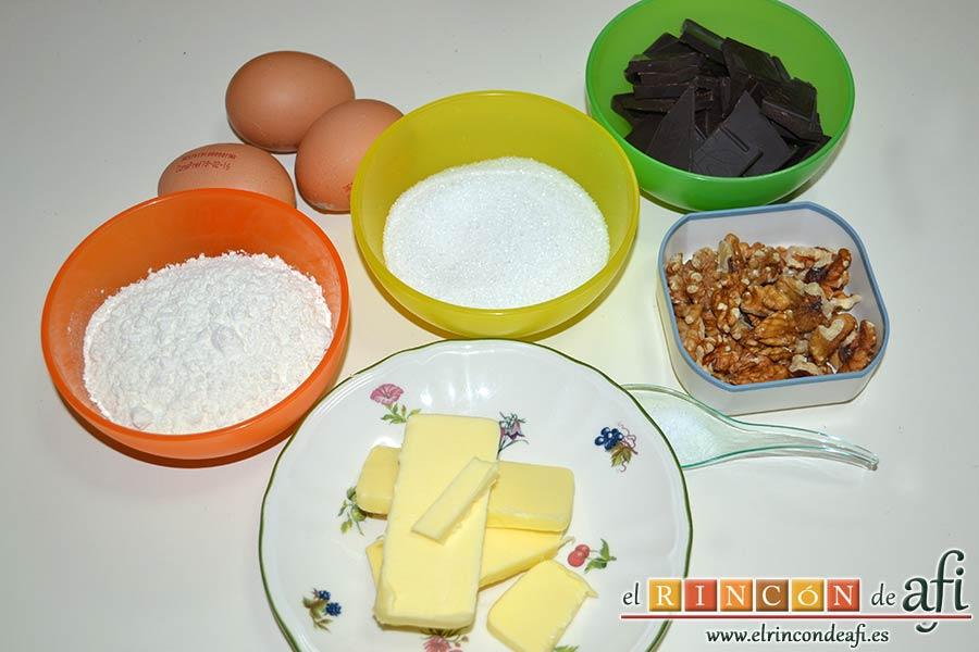 Brookies, preparar los ingredientes del brownie