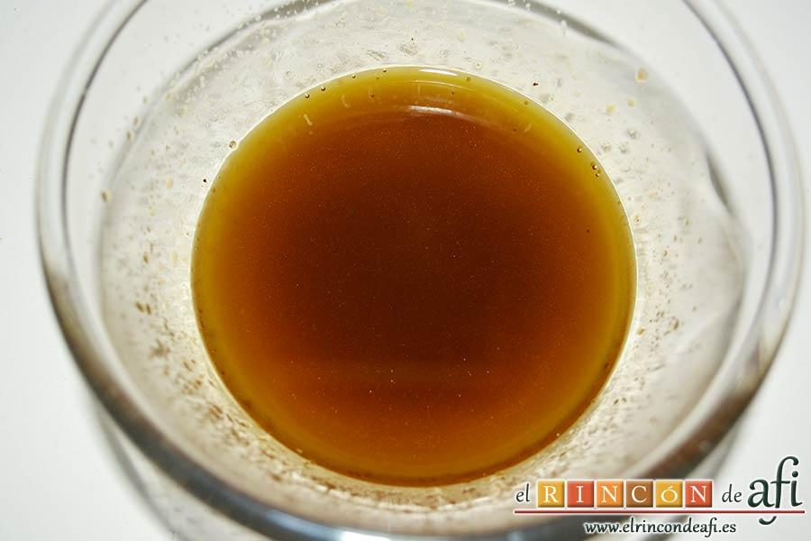 Ensalada de caracolas y confit de pato, batir bien hasta que emulsione