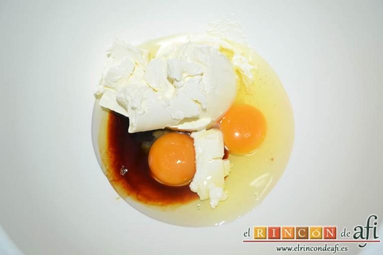 Tarta Guinness, en un bol colocamos los huevos, la crema agria y el extracto de vainilla