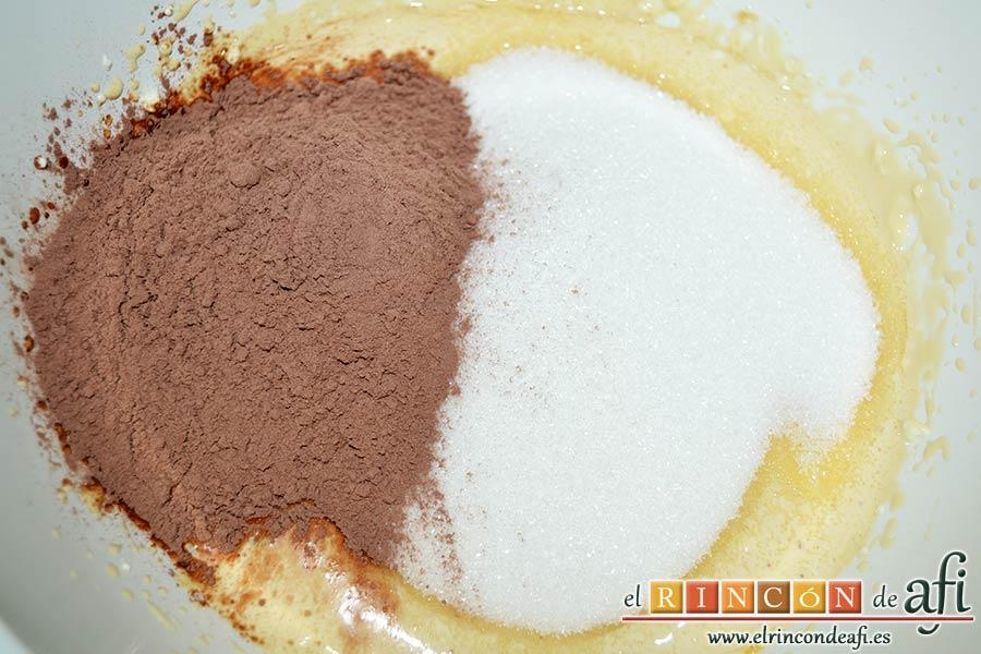 Tarta Guinness, añadir el cacao y el azúcar