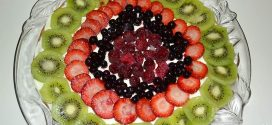 Hojaldre con frutas variadas