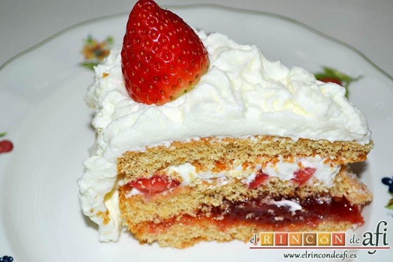 Tarta de fresas y nata, sugerencia de presentación